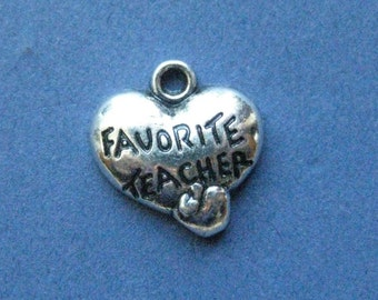 5 Favorite Teacher Charms - Favorite Teacher Pendants - Teacher - Favorite Teacher - Antique Silver - 15mm x 15.5mm - (D8-10907)
