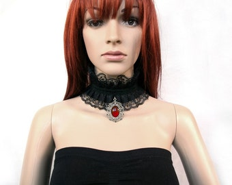 Gothic ruffle collar with Cameo