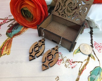 Laser cut wood earrings #10