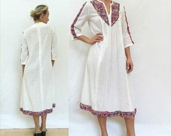 embroidered guatemalan dress - vintage cotton caftan - cotton gauze dress - S - M