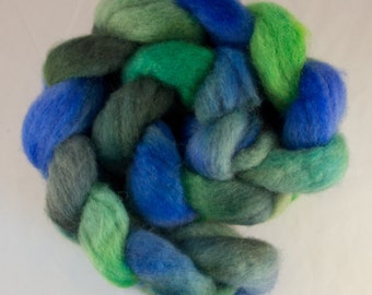 Hand Dyed Spinning fiber top, hand dyed wool, wool roving, Blue Faced Leicester, green, blue, 100g