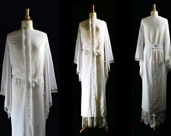 Louise Dress. Half long  belted dress in crepe, lace ruché and kimono sleeves..