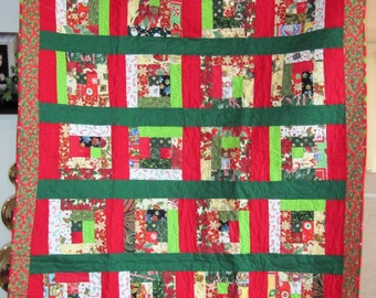 Log Cabin Christmas Lap Quilt