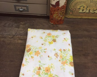 Vintage Twin Fitted Sheet Linen Floral
