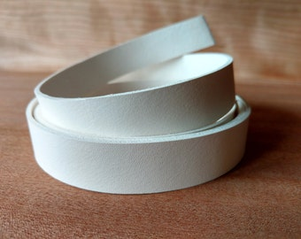 "50"" White Veg Tanned Leather Straps, Genuine Italian Vegetable Tanned Leather 2 mm (5 oz)  Strips, Leather for Craft Tooling, Stamping"