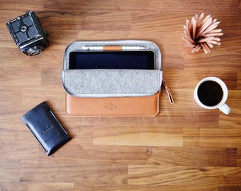 """iPad Pro 12.9"""" & 9.7"""" EVO collection with Smart Keyboard + Apple Pencil holder Zip Leather Folio Sleeve Case and Felt Cover Handmade"""