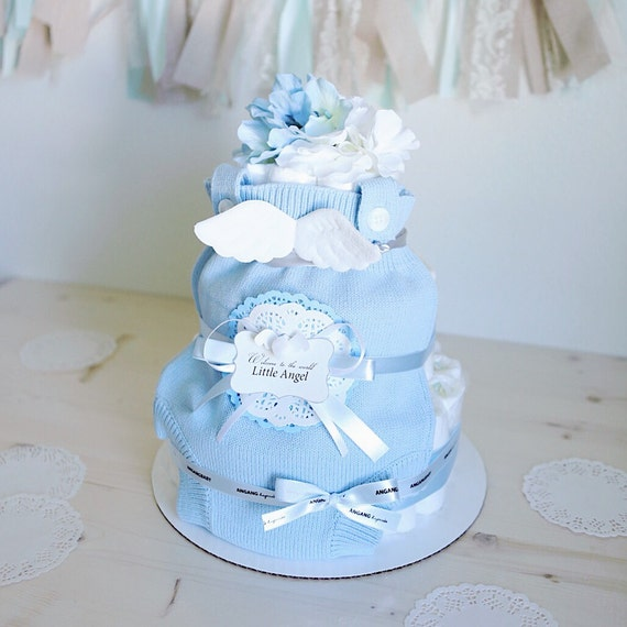Angel wings diaper cake for baby boy baby shower centerpiece for Baby shower diaper decoration