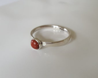 Sterling Silver & Round Jasper Cabochon Ring, Silver Stacking Ring, Stackable Ring