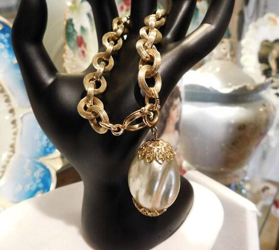Charm Bracelet Faux Pearl GERMANY Gold Chain Link Bracelet 1960s 60s Mid Century Vintage  Wedding Bride Bridal Spring Summer Prom Dance