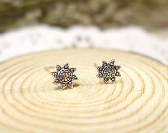 dainty 925 sterling silver sun flower earrings, sun flower stud earrings,handmade,everyday,birthday,bridesmaid gift-KE1003