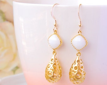 Bridal Earrings Gold Teardrop Earrings Filigree Earrings White Stone Earrings Wedding Jewelry For Bride Earrings Gold Dangle Earrings