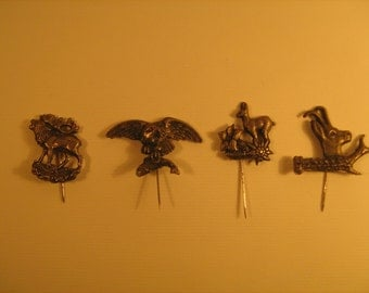 4 vintage hunting badge
