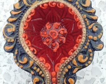 Handmade decorative diyas (set of 2)