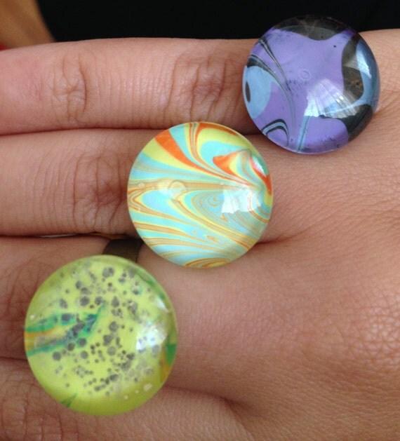 Nail Polish Marble Effect On Glass: Water Marbling Rings. Nail Polish Rings. Abstract Pattern