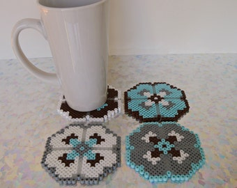 Flower Coasters, housewarming gift, Set of 4 in alternating colors: earthy blue brown gray white