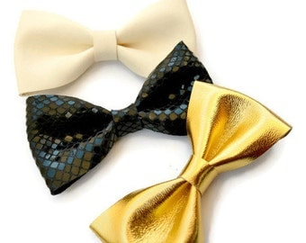 Gold leather hair bow / Bow clip / Hair accessories / Gold leather