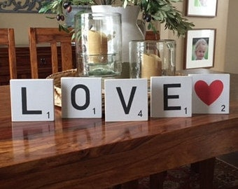 "Scrabble wood sign ""Love"""