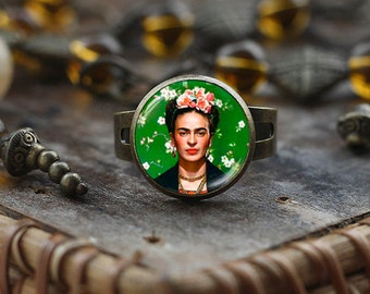 Frida Kahlo ring, Frida Kahlo ring, Frida Kahlo art jewelry, Mexican art Frida Kahlo photo ring, feminist jewelry, statement ring