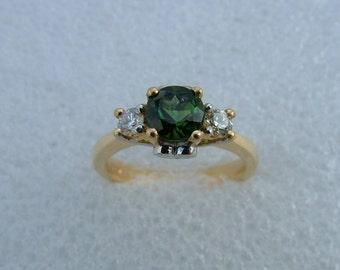 Green Tourmaline and diamond ring-Green tourmaline ring-18 carat yellow gold Tourmaline and diamond ring
