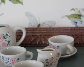 miniature tea set - miniature dishes - 4 Cups 4 cups and teapot & Pitcher - MIN160