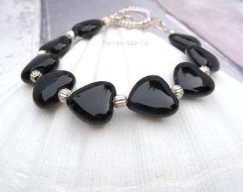 Black Heart Bracelet, Onyx Bracelet, Black Bracelet, Heart Bracelet, Valentine Bracelet, Semi Precious, ladies gift, womens present, For Her