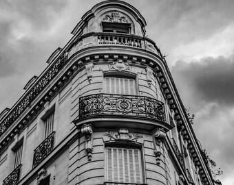 Paris Corner Building; Paris Street Scene; B&W