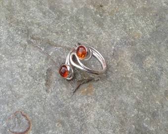 Amber scroll ring - sterling silver