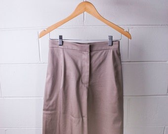 Skirt high-waisted trousers in cotton sateen dove gray.