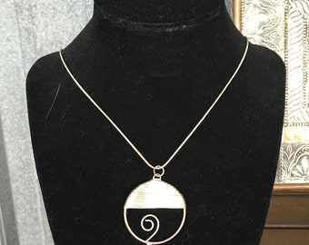 Wave Necklace 001