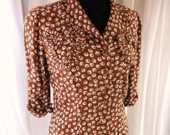 1940s rayon crepe blouse / Ruched  Heart pocket  novelty print blouse jacket small -medium