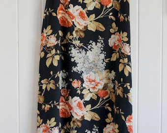 Vintage. high waisted, floral skirt, 90's, indie, mid