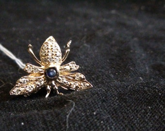 vintage gold baby bee pin with sapphire and 21 czs reduced