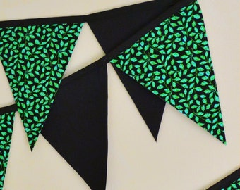 Retro Pennant Banner - Green