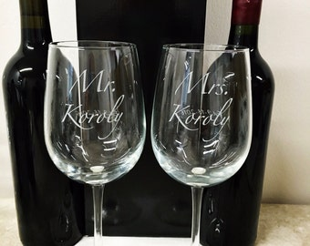 Personalized Mr. and Mrs. Wine Glass set
