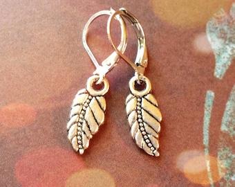 Silver Leaf Earrings / Boho Earrings / Vintage Earrings / Leverback Earrings / Silver Earrings