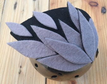 ENIGMA. Grey and black felt fascinator/ head piece/ mini hat