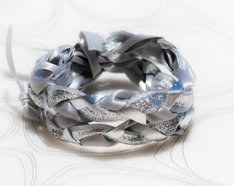 silver color bracelet, Brass Wire bracelet, fabric bracelets. everyday Accessories, braided bracelet