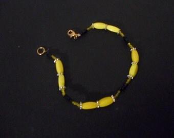 Black/Yellow lightweight beaded bracelet