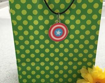 "Avengers Captain America 18"" necklace"