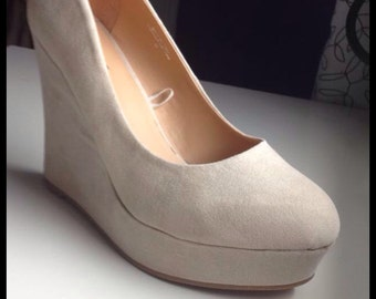 off white/ creme 6 inch wedge