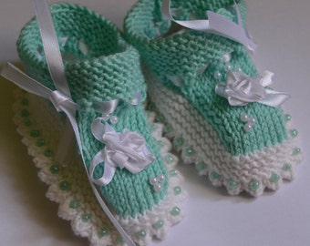 Mint Baby Booties St patricks day baby Booties Baby Shoes Hand Knit Baby Booties st patricks day baby girl Booties Newborn Booties BabyGift