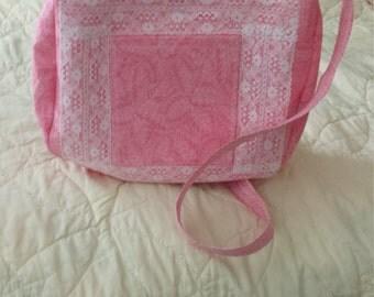 Beautiful lace trimmed handbag!