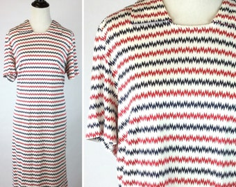 Vintage Red White and Blue Striped Dress - Electricity Zig Zag Lines in Bright Red, Dark Navy - Collar, Short Sleeve, Knee Length - Large XL