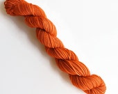 pumpkin spice / hand dyed yarn / mini skein / sock fingering yarn / merino wool superwash / knitting embroidery / pumpkin burnt orange yarn