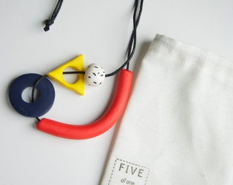 Bright, Chunky Necklace in Primary Colours