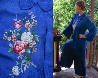 SAPPHIRE 1940's Vintage Deep Blue Satin Floral PJs with Pretty Hand Embroidered Flowers // size Medium Large // Pan Collar and Bell Sleeves