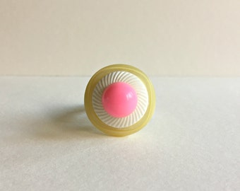 Vintage Button Ring - off-white + white + pink