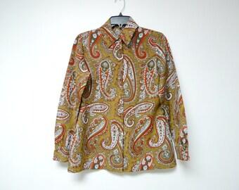 "70s paisley print long sleeve button down shirt . fits a medium . bust - 39"""