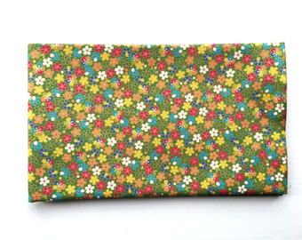 Japanese Fabric - Cotton Fabric -  1 Yard - Mini  Cherry Blossoms  - Green Fabric - - 110 cm x 100 cm (F5-P17)