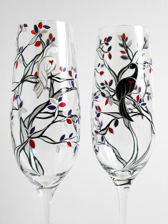 Black and White Love Birds - Set of 2 Personalized Hand-Painted Champagne Flutes, Personalized Flutes, Toasting Flutes, Wedding, Painted